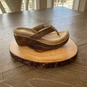 Volatile brand wedge flip flops